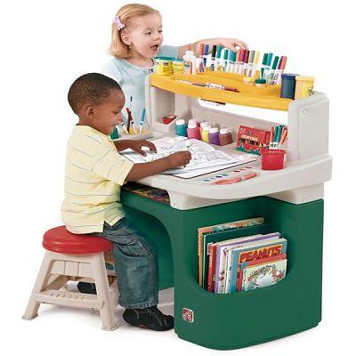 Masuta birou pentru copii Art Master Activity Desk de la The Step2 Company