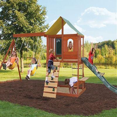 Loc de joaca Meadowvale de la Big Backyard