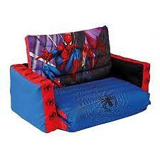 Canapea gonflabila extensibila Spiderman de la Worlds Apart