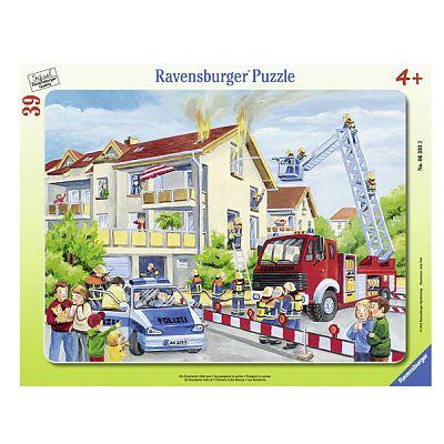 Puzzle Pompierii in actiune, 39 piese de la Ravensburger
