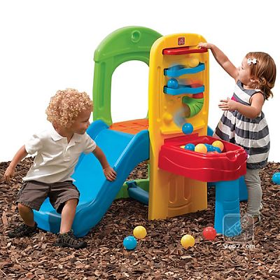 The Step2 Company Turnulet Play Ball Fun Climber